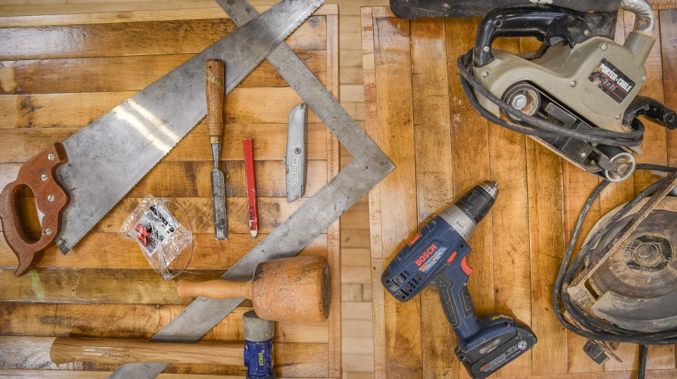 Timber Framing Tools at the Duluth Folk School