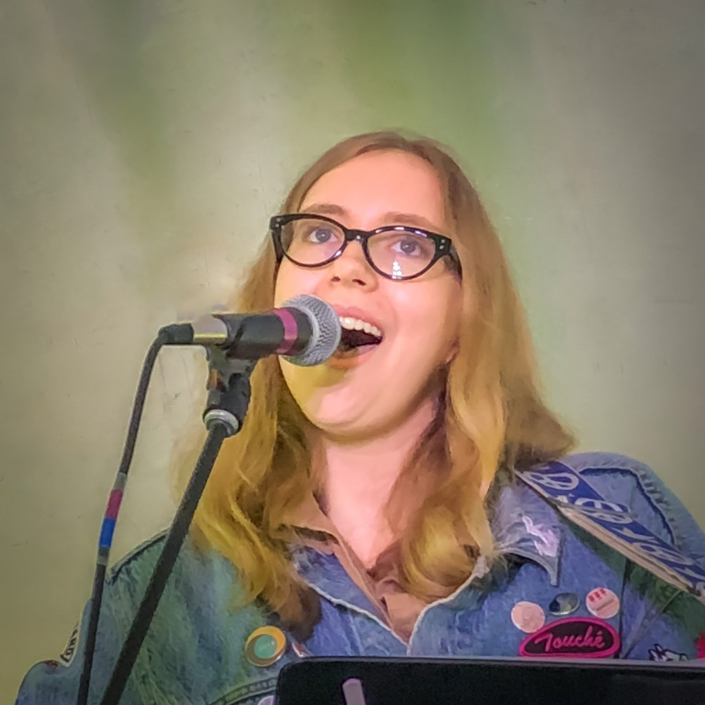 Kaylee Matuszak at the Duluth Folk School