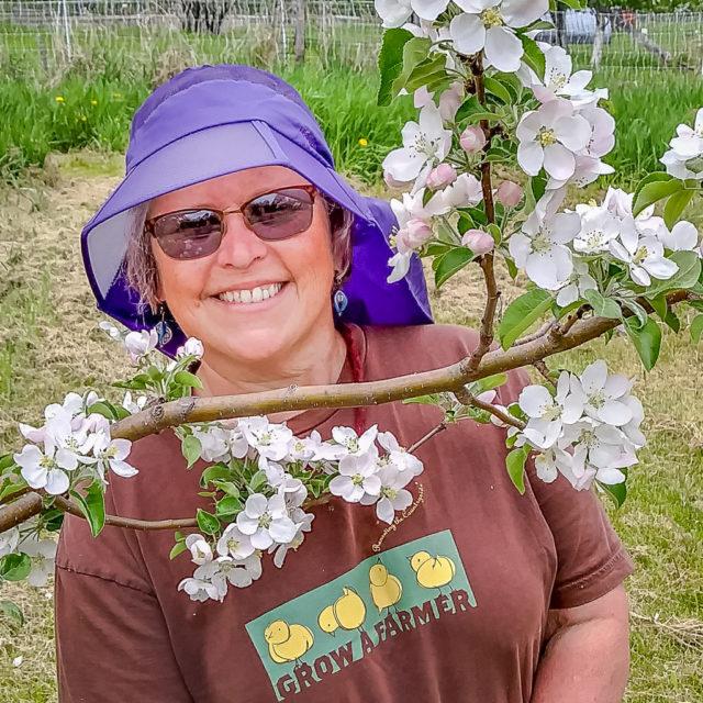 Cindy Hale Duluth Folk School Instructor