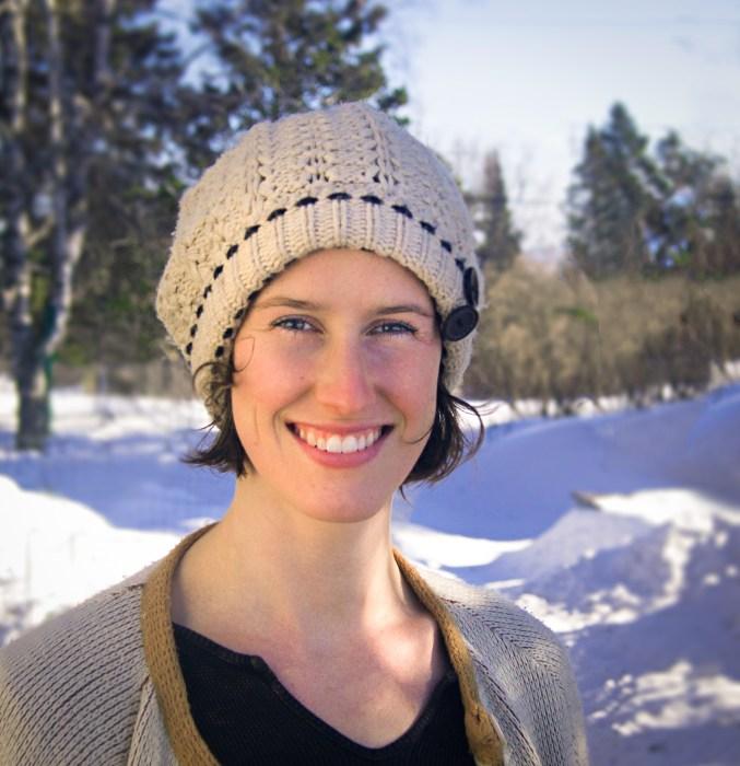 Duluth Folk School Instructor Alexa Carson