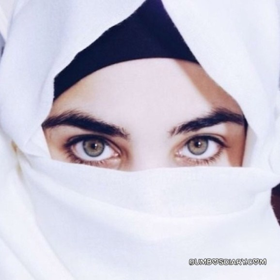 Beautiful eyes hijabi muslim girl in white hijab