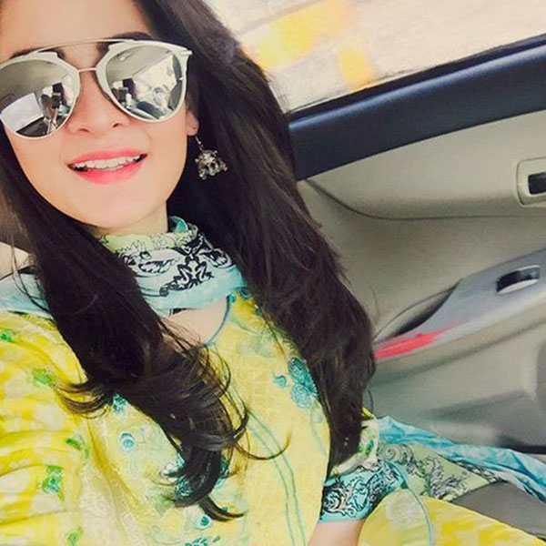 Fashionable girls in pakistan for dating 3