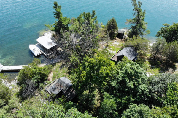 Dumfounder Island for sale - view of cottages from the air