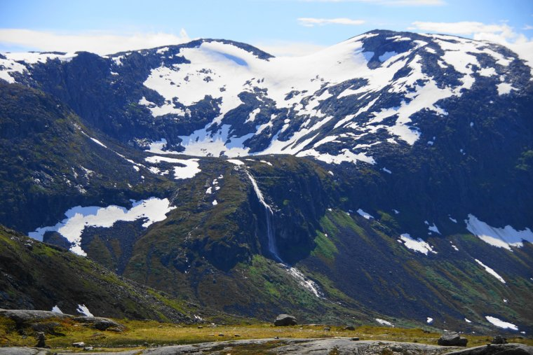 Hanging valley on Skarfjellenden (1386m), Møre og Romsdal, Norway - ...behind every picture, there is a story...