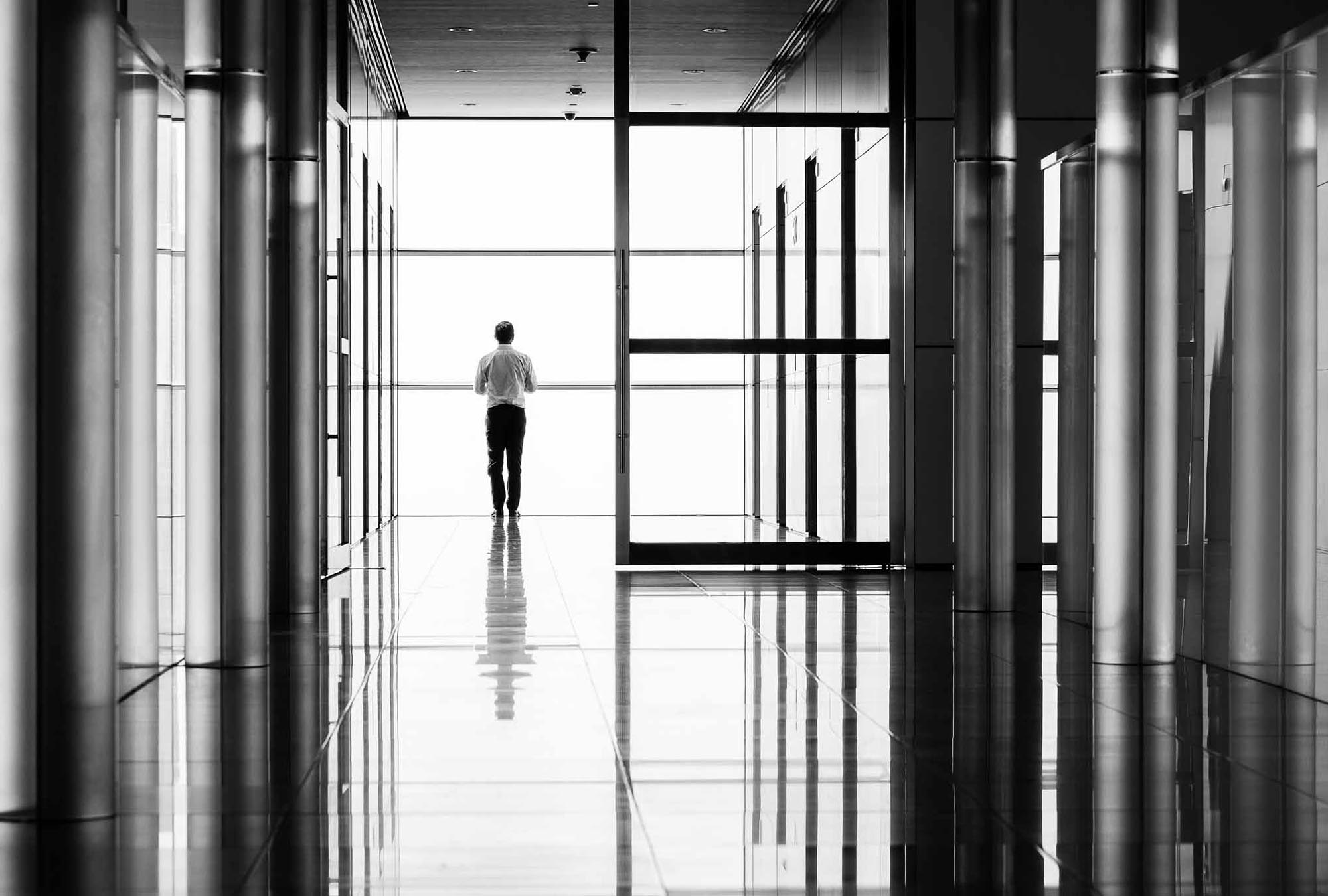Dubai Photographer Duncan Chard- Watching the world