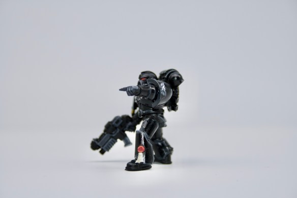 Space Marines 8 - Iron Hands 3