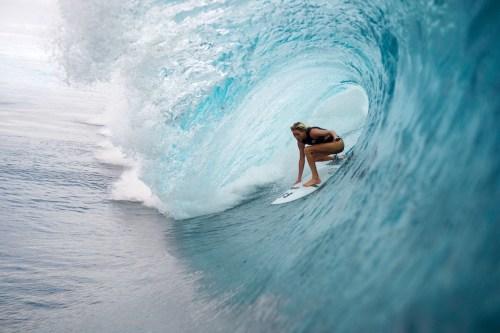 Laura Enever, Tahiti, Teahupoo, Billabong Womens, Surf, prints, surfing photography, Surf, wave, Ocean, Duncan Macfarlane, Surf Photography, wave, Duncan Macfarlane Photography, Duncan, Photography, Duncanm, art, fine art, Surfing, Barrel, Billabong