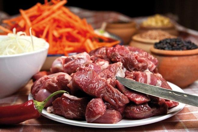нарезка мяса для плова по-фергански
