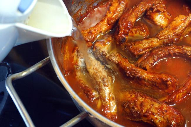 добавление воды в томатный суп