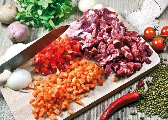 нарезка мяса и овощей для машхурды