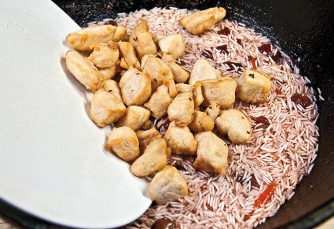 укладка на плов с вишней и с курицей зиры и кусочков куриного филе