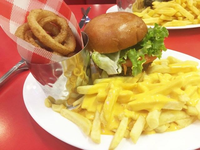 Ed's Easy Diner burgers