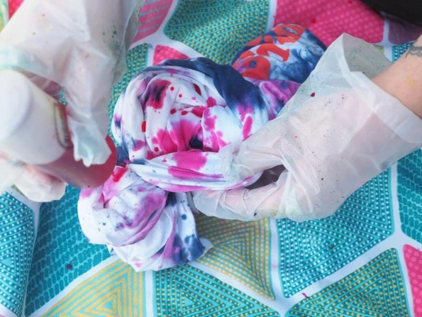 Hobbycraft Tie Dye Tees Process