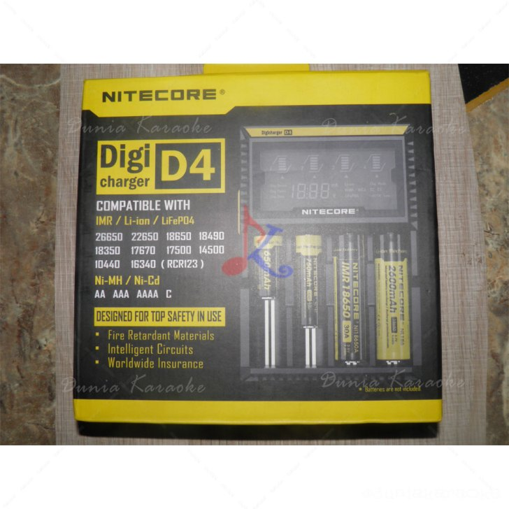 Battery Charger Nitecore D4 DigiCharger Universal Smart Charger