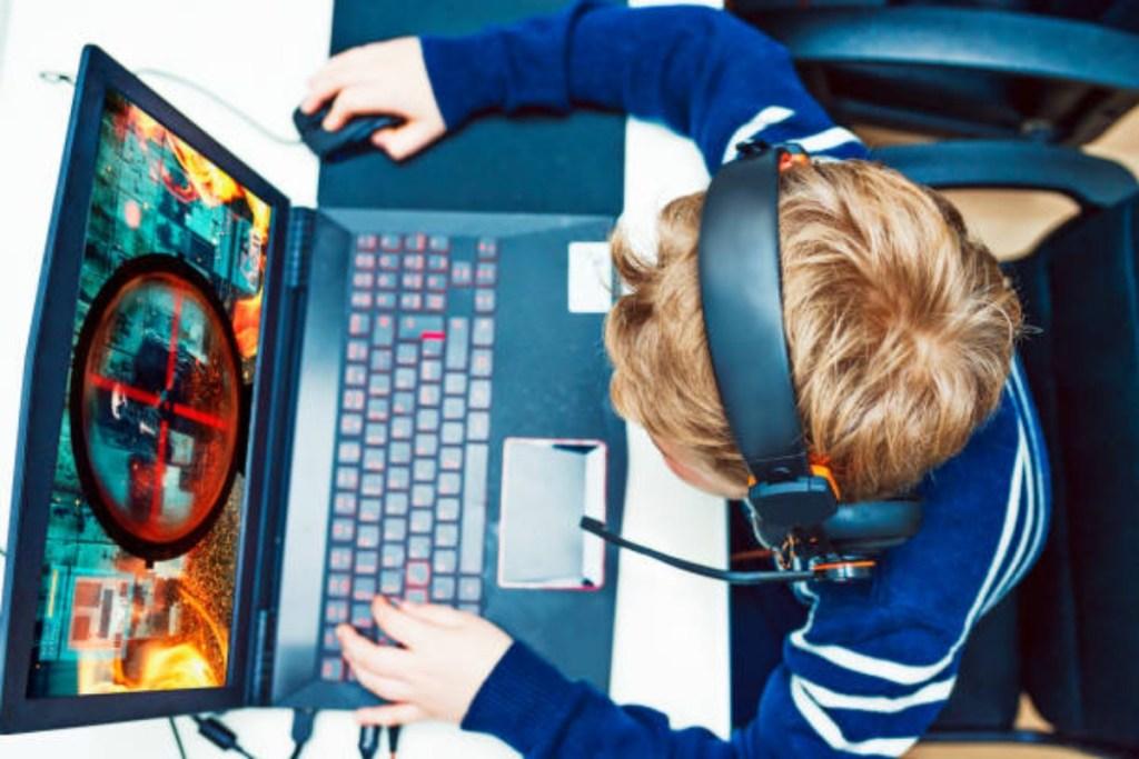 Laptop gaming di bawah 8 juta
