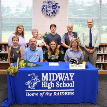 Blythe Best signs with Methodist