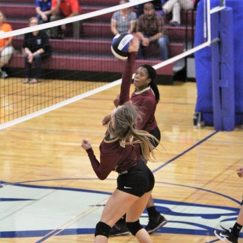 Central volleyball tops Hawks, 3-1