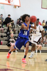 Coats-Erwin wins pair of hoops games at Harnett Central