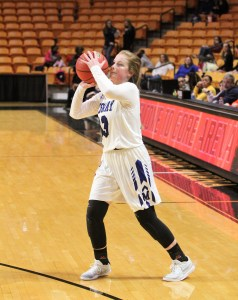 Raiders split in matchups at Campbell's Gore Arena