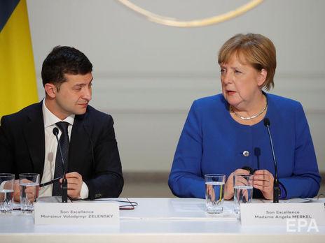 Меркель и Зеленский договорились активизировать работу в нормандском формате