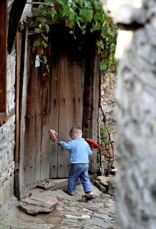 kapıdaki el