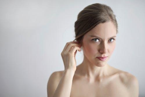 Как да се справим с проблема мазна кожа