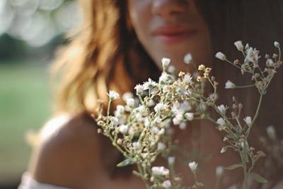 Пролетно почистване на кожата