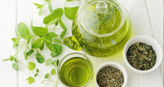 گرین ٹی کو چہرے پر لگانے کے کرشماتی فوائد