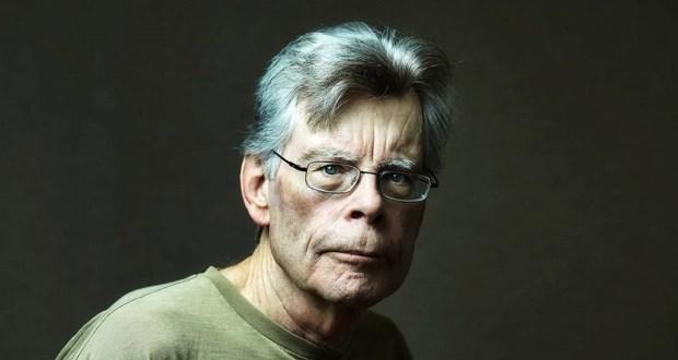 لکھاری جو پہلے ناول سے کروڑ پتی بن گیا