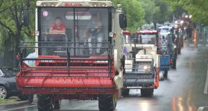کورونا احتیاط؛ چین میں انوکھی گریچویشن تقریب