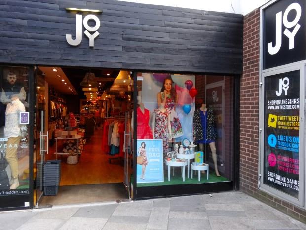 joy-siec-moda-londyn-sklep-z-ciuchami-pinterest-twitter-facebook-internet