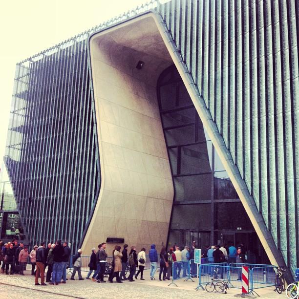 warszawa-muzeum-historii-zydow-polskich-otwarcie-2013-architektura-atrakcje-turystyczne-stolicy-polski