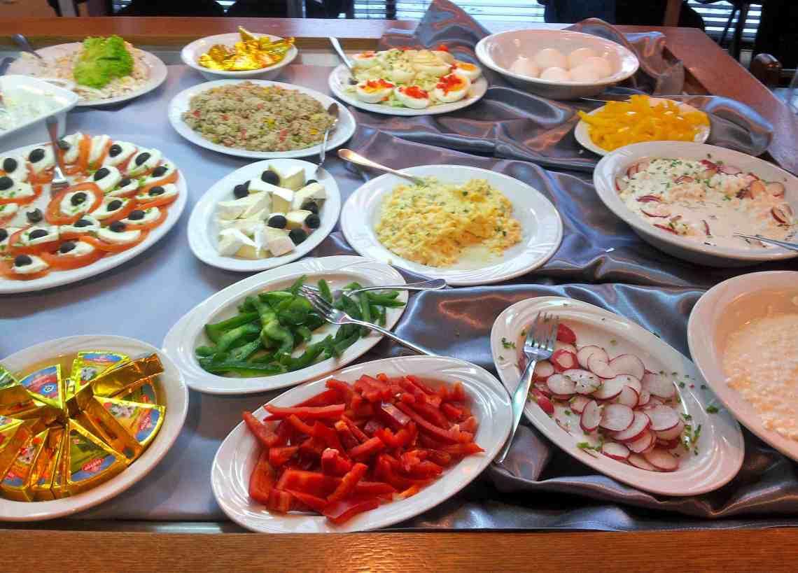 Hotelowe śniadania
