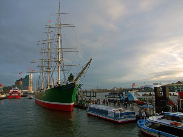 landungsbrucken-Rickmer Rickmers-hamburg-zwiedzanie-zaglowiec-tall-ships-races-niemcy