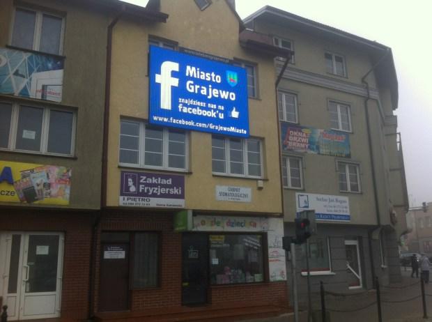 grajewo-facebook-skrzyzowanie-reklama