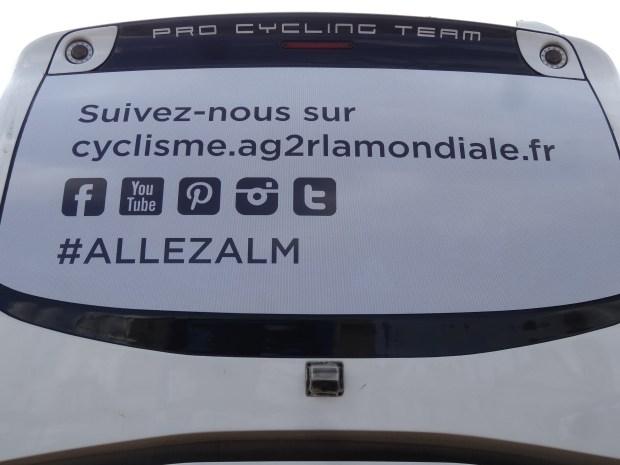 Autobus teamu AG2R La Mondiale #allezalm