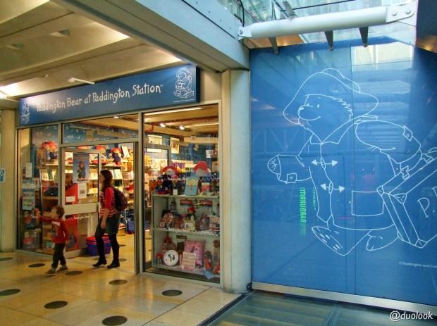 londyn-stacja-paddington-mis-pociag-komunikacja-pamiatki-wielka-brytania-paddingtontrail-atrakcje-dla-dzieci-anglia-00004
