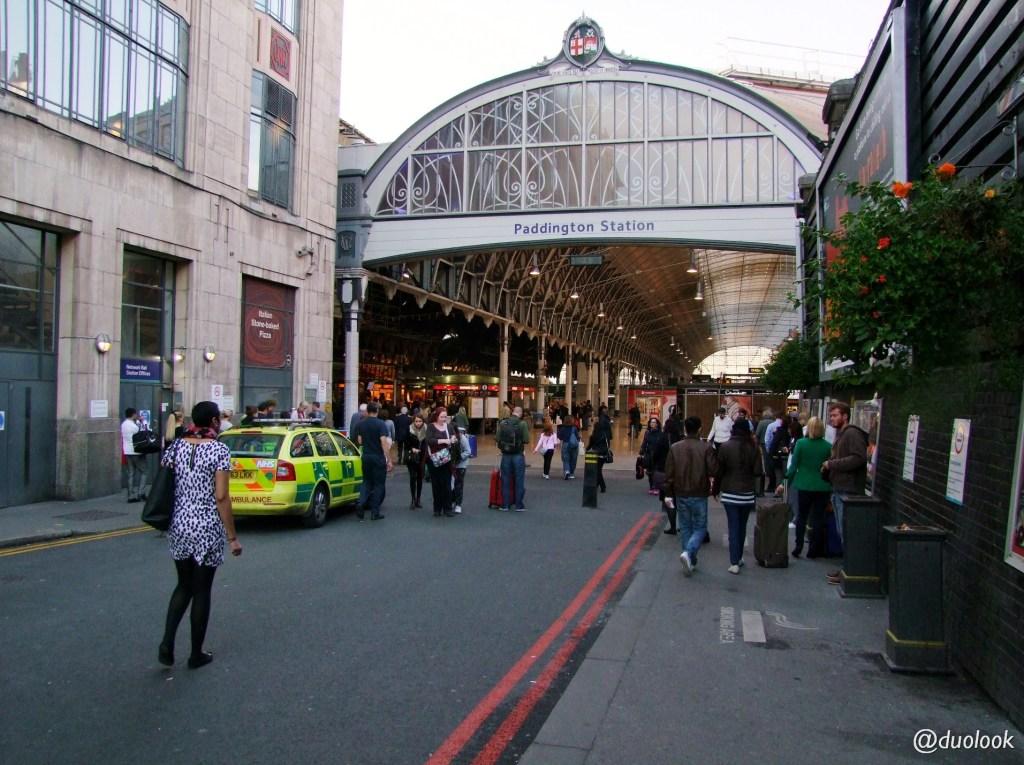 londyn-stacja-paddington-mis-pociag-komunikacja-pamiatki-wielka-brytania-paddingtontrail-atrakcje-dla-dzieci-anglia-00015