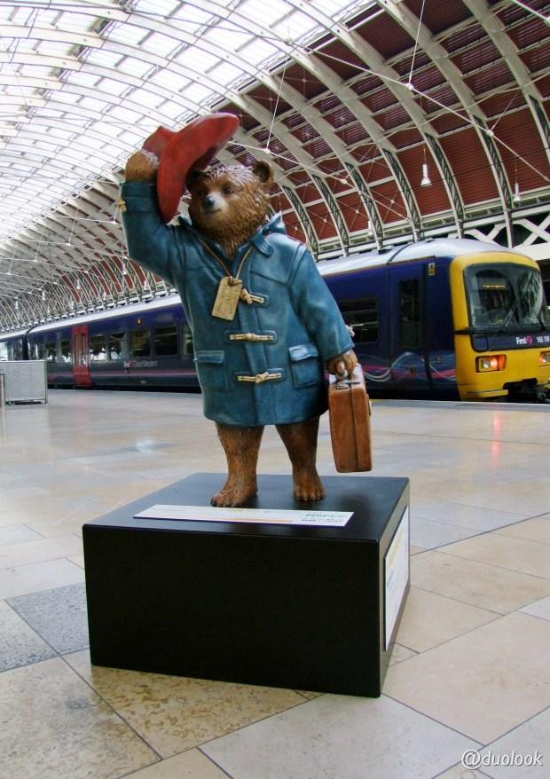 londynie-misiu-paddington-niedzwiadek-paddingtontrail-atrakcja-dla-dzieci-szlak-turystyczny-wielka-brytania-01