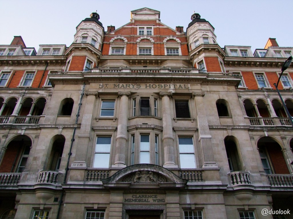 paddington-st-mary-hospital-imperial-nhs-szpital-architektura-londyn-wielka-brytania-00010
