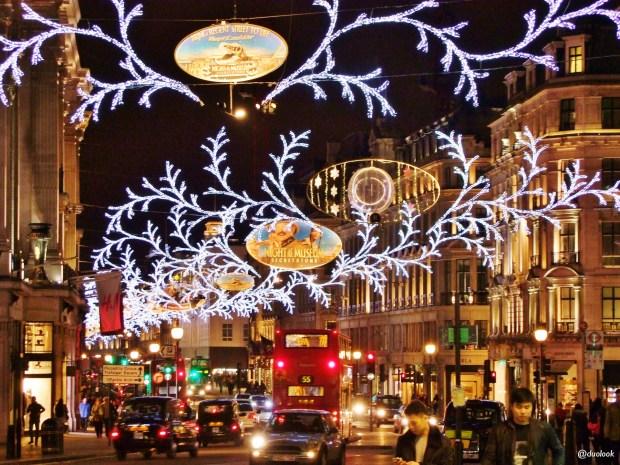 regent-street-sklepy-londyn-swieta-boze-narodzenie-atrakcje-zima-zakupy-w-londynie-swiateczne-grudzien-36