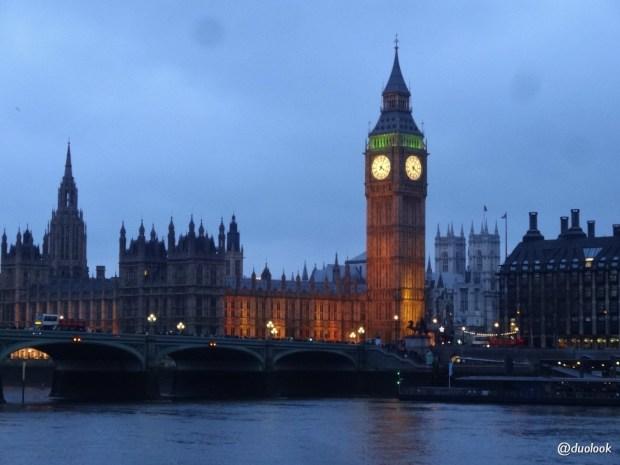 londyn-parlament-tamiza-nowy-rok-w-londynie-parada-noworoczna-006