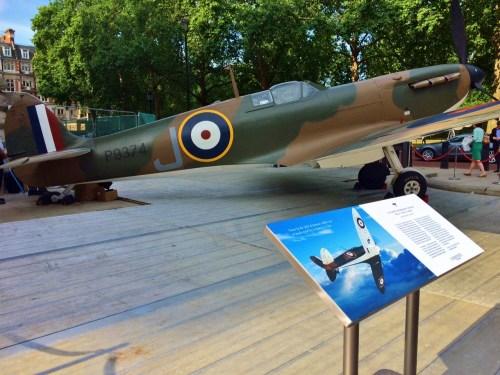 spitfire-churchill-war-rooms-samolot