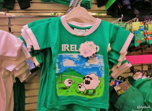 zakupy-dla-dzieci-w-irlandii-galway-koszulki