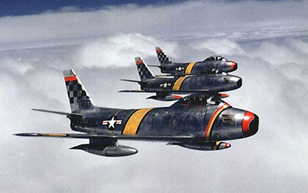 F-86 Sabre VS MiG-15 Dogfight Korean War Multiple Kills