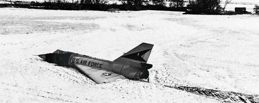 the cornfield bomber USAF F-106A Delta Dart