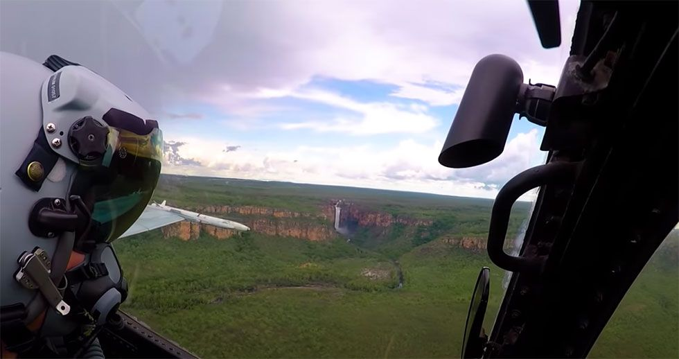 Australia's Beautiful Landscapes From an F-18 Cockpit – RAAF Hornet Ball 2020