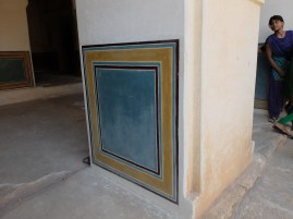 newly applied pigment in lime plaster- india