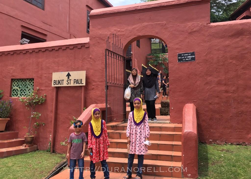 Bukit St Paul | 25 tempat menarik di Melaka untuk dilawati seisi keluarga