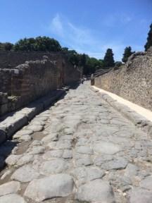 A classic Pompeiian street
